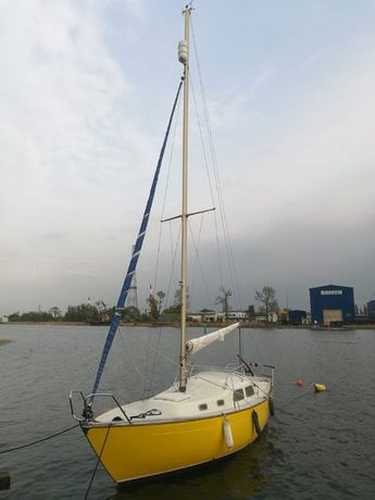 Jacht żaglowy Amigo 27