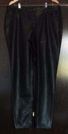Calças de Napa preta