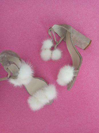 Босоножки на каблуке с мехом норки натуральная замша