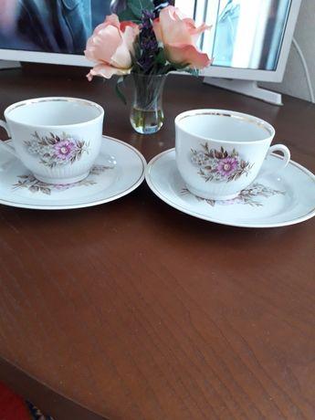 Пара чайных чашек