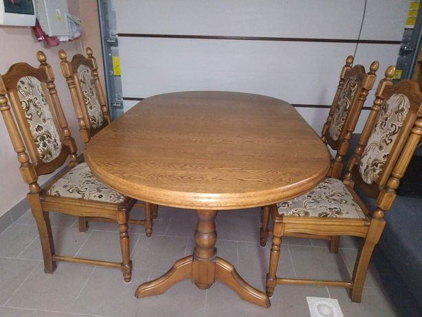 Stół + 4 krzesła w świetnym stanie