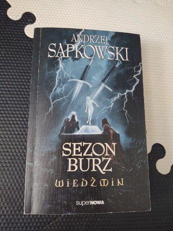 """""""Sezon burz Wiedźmin"""" Andrzej Sapkowski"""
