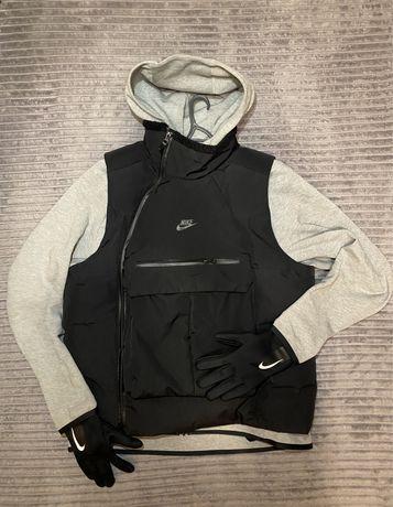 Жилетка Nike Tech Pack Vest Down