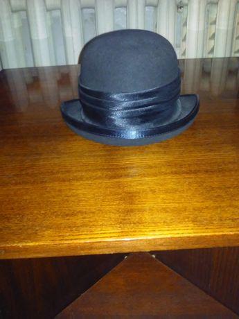 продам жіночий фетровий капелюх