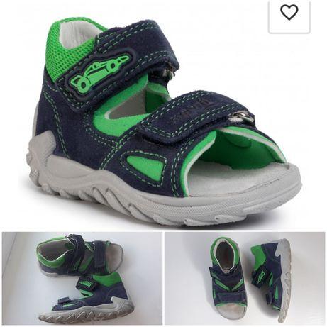 Босоножки на мальчика 26 розмер Superfit  сандалі на хлопчика 26