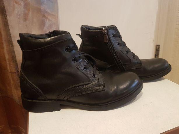 Кожаные ботинки для девочки фирмы K.Pafi