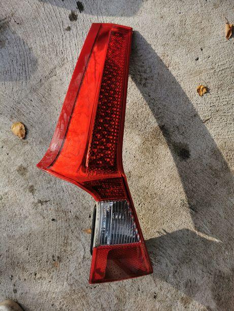 Volvo V70 kombi lampa tył lewa