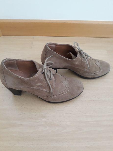 Sapatos 36 Giana como novos