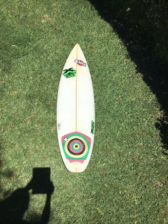 "Prancha de surf 5.8"" shaped by Pico"