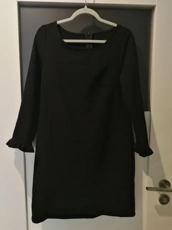 Czarna sukienka Mohito XXS 32 rękaw 3/4 falbanka mini