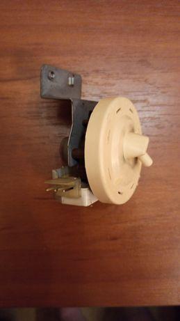 Прессостат (датчик уровня воды) б/у стир. машинки samsung s621