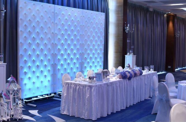 Napis love ścianka pikowana florystyka dekoracje ślubne klęcznik dywan