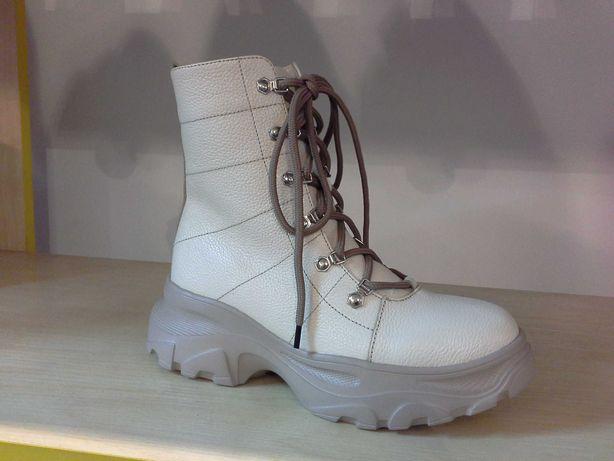 ботинки женские кожа зимние на низком среднем тракторном каблуке зима