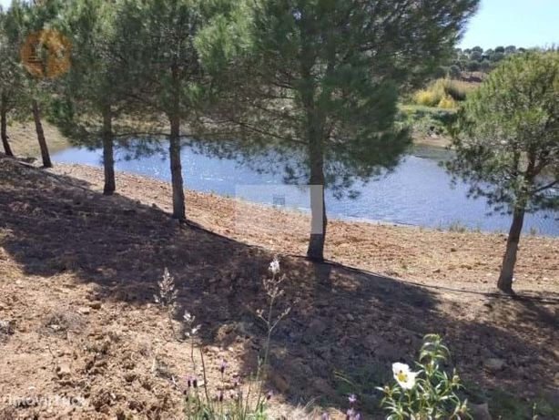 Terreno Com 17.9 Hectares - Com Lago Privado - Viabilidade De Construç