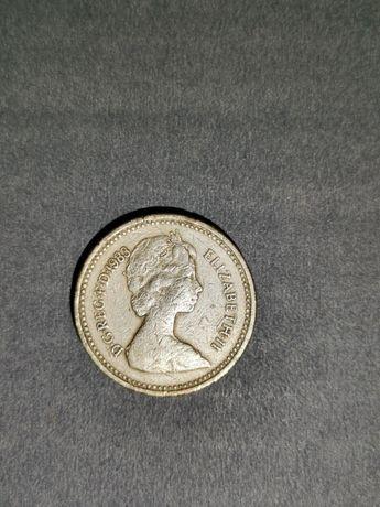 Rzadka moneta one pound  Elizabeth ll 1983 r.