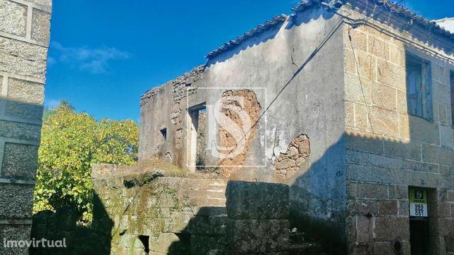 Ruína c/ Logradouro em Maçainhas, Belmonte