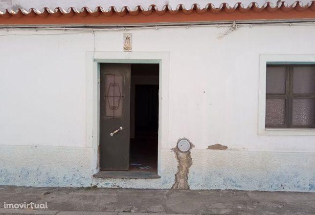 Moradia em Mourão, Mourão