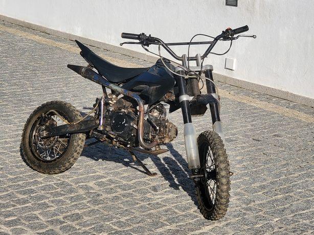 Pit bike  125cc.