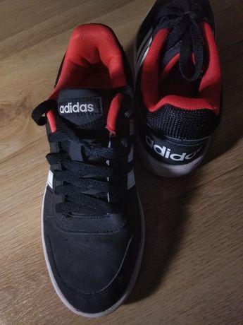 Sprzedam buty adidas używane