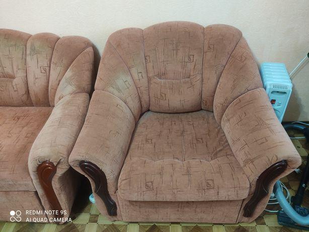 Кресло-диван для гостиной.