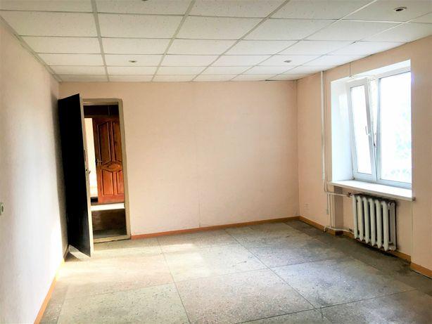Комерційне приміщення в спальному районі