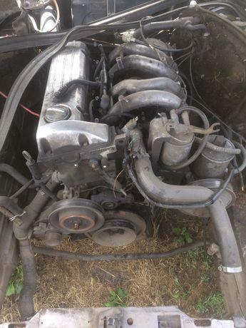 Двигун  2.0 дизельМерседес 124 в розборці