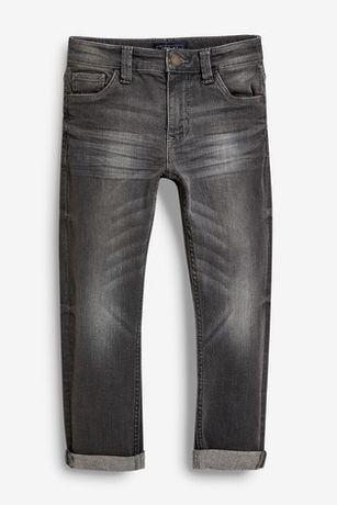Новые джинсы на мальчика английской фирмы NEXT