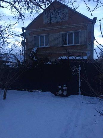 продается 2-х этажный дом