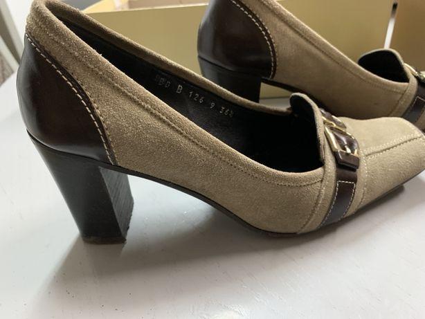 Buty czółenka półbuty skóra włoskie firmy WITTCHEN rozm 36,5