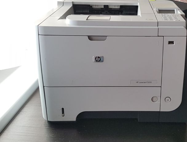 Drukarka laserowa HP LaserJet P3015 + dwa NOWE tonery PO PRZEGLĄDZIE