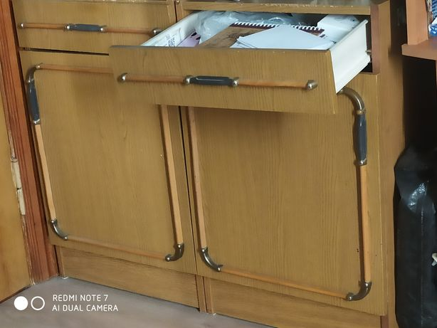 Шкаф из спального гарнитура