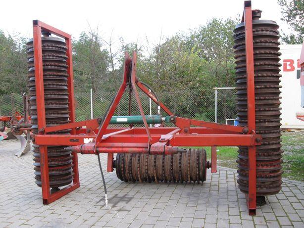 Wały posiewne uprawowe Kverneland Compress 4.5 m 450 mm