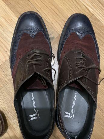 Sapatos em pele como novos