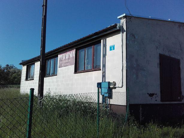 Nieruchomość zabudowana budynkiem piekarni na sprzedaż