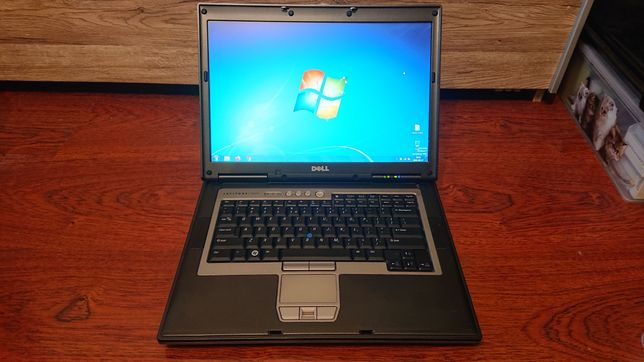 Dell Latitude D830 Core 2 Duo T7500 2x2.2GHz 4GB RAM HDD 250GB RS232