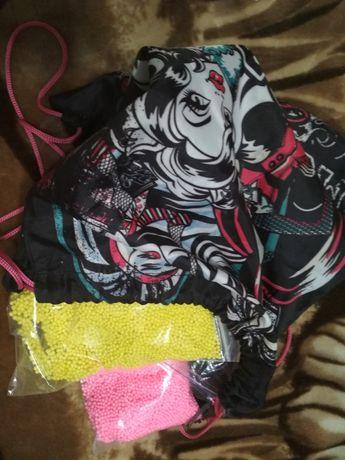 Для слайма шарики и ранец для девочки в подарок