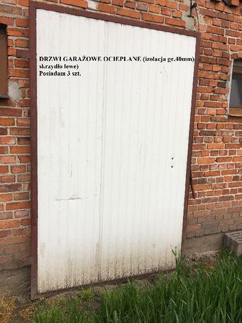 Drzwi garażowe dwuskrzydłowe ocieplane