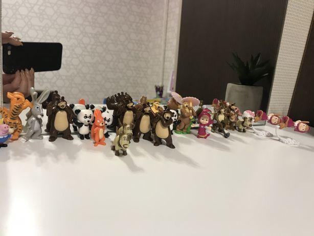 Киндер сюрприз коллекция «Маша и медведь»