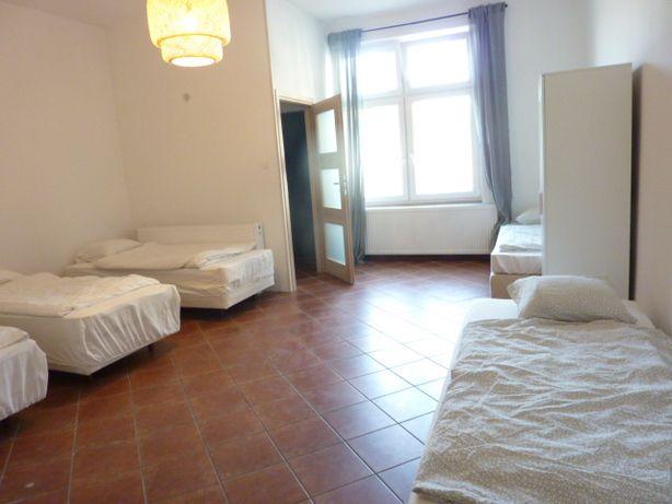 Katowice wynajmę mieszkanie 2-3 pokoje dla firm