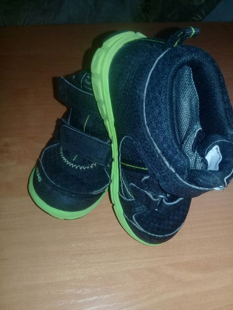 Кроссовки в хорошем состоянии