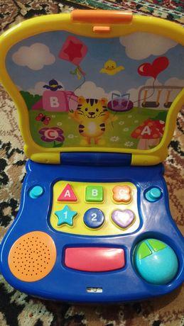 Ноутбук детский игрушка.