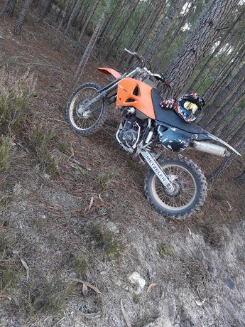 Vendo mota Ktm 400