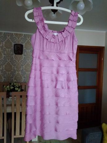 Sukienka w falbanki-roz.S
