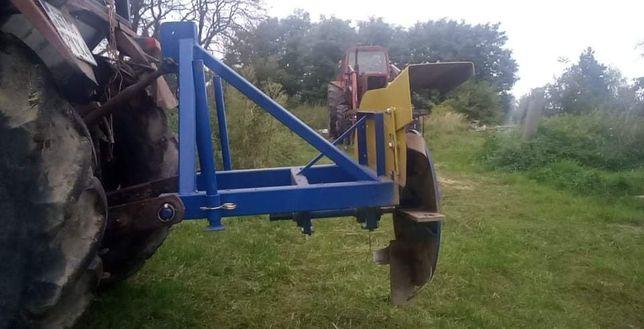 Usługa obsypywania pryzm obsypnikiem ugniatanie ciągnikiem 14 ton