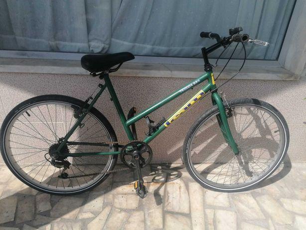 Bicicleta senhora Roda 26