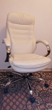 Офисное кресло Офісний стілець