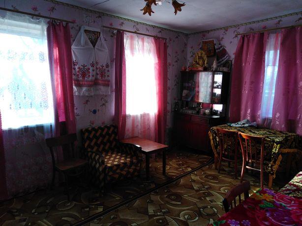 Продам дом в селе Романовка Новоград-Волынский район