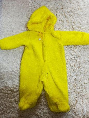 Теплый костюм на девочку (0-6 месяцев) новорожденных
