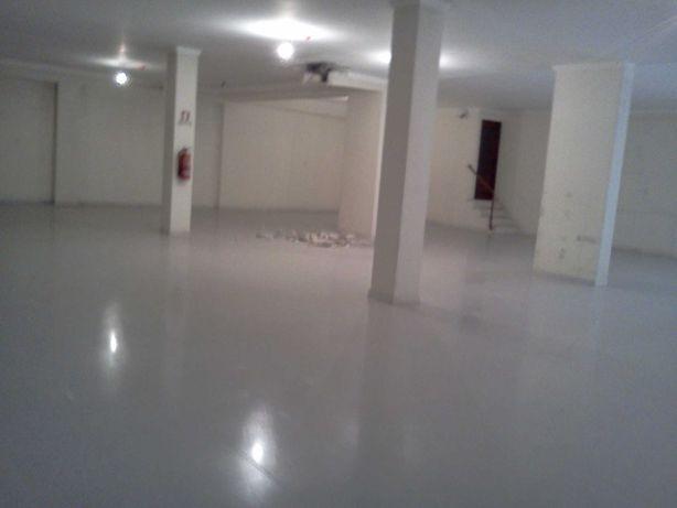 Loja 300 m2. Alfragide. Quinta Grande