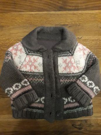 Ciepły sweterek rozpinany